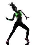 Mulher que exercita a silhueta da dança do zumba da aptidão imagem de stock