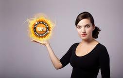 Mulher que guarda o sinal virtual do negócio Foto de Stock Royalty Free