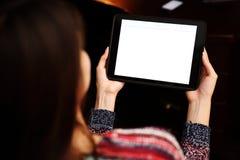 Mulher que guardara o computador da tabuleta Imagem de Stock Royalty Free