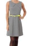Mulher que modela Mini Dress curto Fotos de Stock