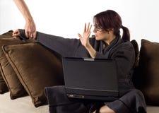 Mulher que trabalha a tarde Imagens de Stock