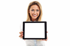 Mulher que usa o PC digital do tablet pc no fundo branco fotografia de stock