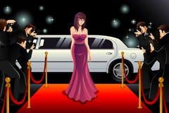 Mulher que vai a um evento do tapete vermelho Fotografia de Stock