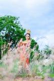 Mulher que veste o estilo tailandês do vestido tailandês típico Foto de Stock