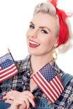 A mulher retro bonita comemora o 4 de julho, isolado no branco Fotografia de Stock Royalty Free