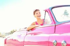 Mulher retro do carro do vintage Fotografia de Stock