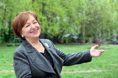 Mulher sênior feliz fotos de stock royalty free