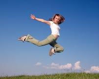 A mulher salta Imagens de Stock Royalty Free