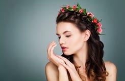 Mulher saudável com pele perfeita imagens de stock