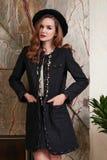 A mulher 'sexy' bonita no negócio veste a coleção do verão Imagens de Stock Royalty Free