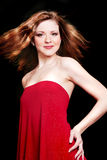 Mulher 'sexy' bonita nova no vestido vermelho imagens de stock royalty free