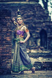 Mulher tailandesa antiga no traje tradicional de Tailândia Foto de Stock