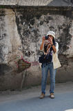 Mulher tailandesa do viajante em Thamel Kathmandu Nepal Fotos de Stock