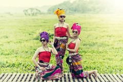 Mulher tailandesa no estilo tailandês da cultura do traje tradicional, Tailândia Imagens de Stock