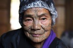 Mulher tattoed tribo de Chin (muun) Fotos de Stock Royalty Free