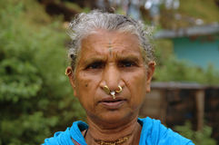 Mulher tribal idosa Fotos de Stock Royalty Free