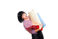 Mulher triguenha nova com sacos de compra Imagens de Stock Royalty Free