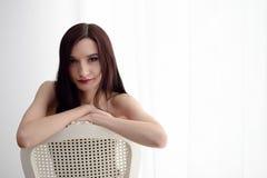 Mulher triguenha nova 'sexy' Foto de Stock Royalty Free