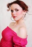 Mulher triguenha 'sexy' bonita nova no branco Fotos de Stock Royalty Free