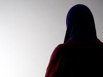 Mulher vista de atrás, disfarçado Violência contra as mulheres etc. Imagens de Stock Royalty Free