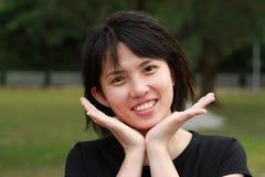 Mulheres asiáticas felizes imagem de stock
