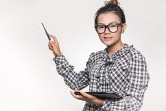 Mulheres asiáticas que estão seguras oferecer bom imagem de stock