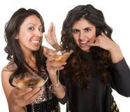 Mulheres bonitos que jogam o telefone Foto de Stock Royalty Free