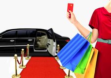 Mulheres com compra luxuosa do estilo de vida Fotografia de Stock