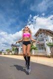 Mulheres com corda de salto Fotografia de Stock Royalty Free