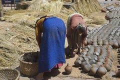 Mulheres da cerâmica de Bhaktapur Fotografia de Stock Royalty Free