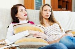 Mulheres da tristeza que têm problemas Fotografia de Stock Royalty Free