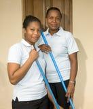 Mulheres de limpeza latinos da empregada na ilha de milho Nicarágua do recurso Imagens de Stock