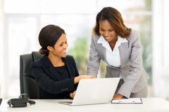 Mulheres de negócio africanas Foto de Stock Royalty Free