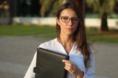 Mulheres de negócio sérias - imagem conservada em estoque Fotografia de Stock Royalty Free