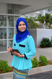 Mulheres de negócios muçulmanas novas bonitas Foto de Stock Royalty Free