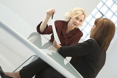 Mulheres de negócios na reunião Imagens de Stock
