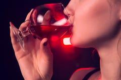 Mulheres do encanto com a lamentação no fundo preto Foto de Stock Royalty Free
