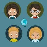 Mulheres e homens center da ajuda Fotos de Stock Royalty Free