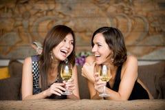 Mulheres em férias fotos de stock