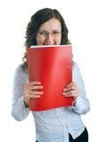 Mulheres em um terno de negócio com um dobrador nas mãos Fotografia de Stock Royalty Free
