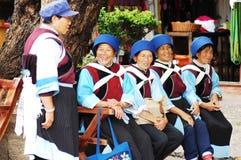 Mulheres locais em Lijiang fotografia de stock royalty free