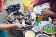 Mulheres no mercado de peixes de SaiGon em Vietname Fotografia de Stock Royalty Free