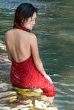 Mulheres no rio Fotografia de Stock Royalty Free