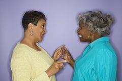 Mulheres que apontam em se. Imagem de Stock Royalty Free