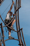 MULHOUSE - Frankrike - 10 Juli 2017 - extrema arbetare rider en Attra Arkivfoto
