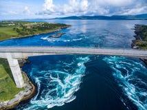 Mulinelli del turbine di Saltstraumen, Nordland, Norvegia Fotografie Stock Libere da Diritti