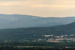 Mulini di vento in aria del fumo Repubblica ceca Fotografia Stock