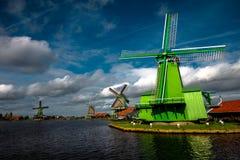 Mulini a vento allo Zaanse Schans fotografia stock libera da diritti