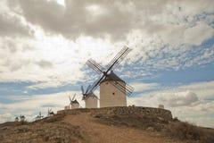Mulini a vento antichi in La Mancha Fotografie Stock Libere da Diritti