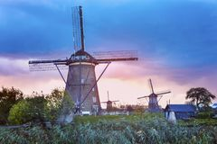 Mulini a vento a Kinderdijk Fotografie Stock Libere da Diritti